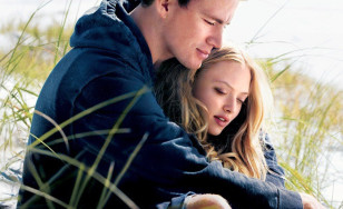 "Poster for the movie ""Dear John"""