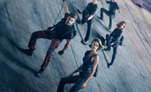 "Poster for the movie ""Allegiant"""
